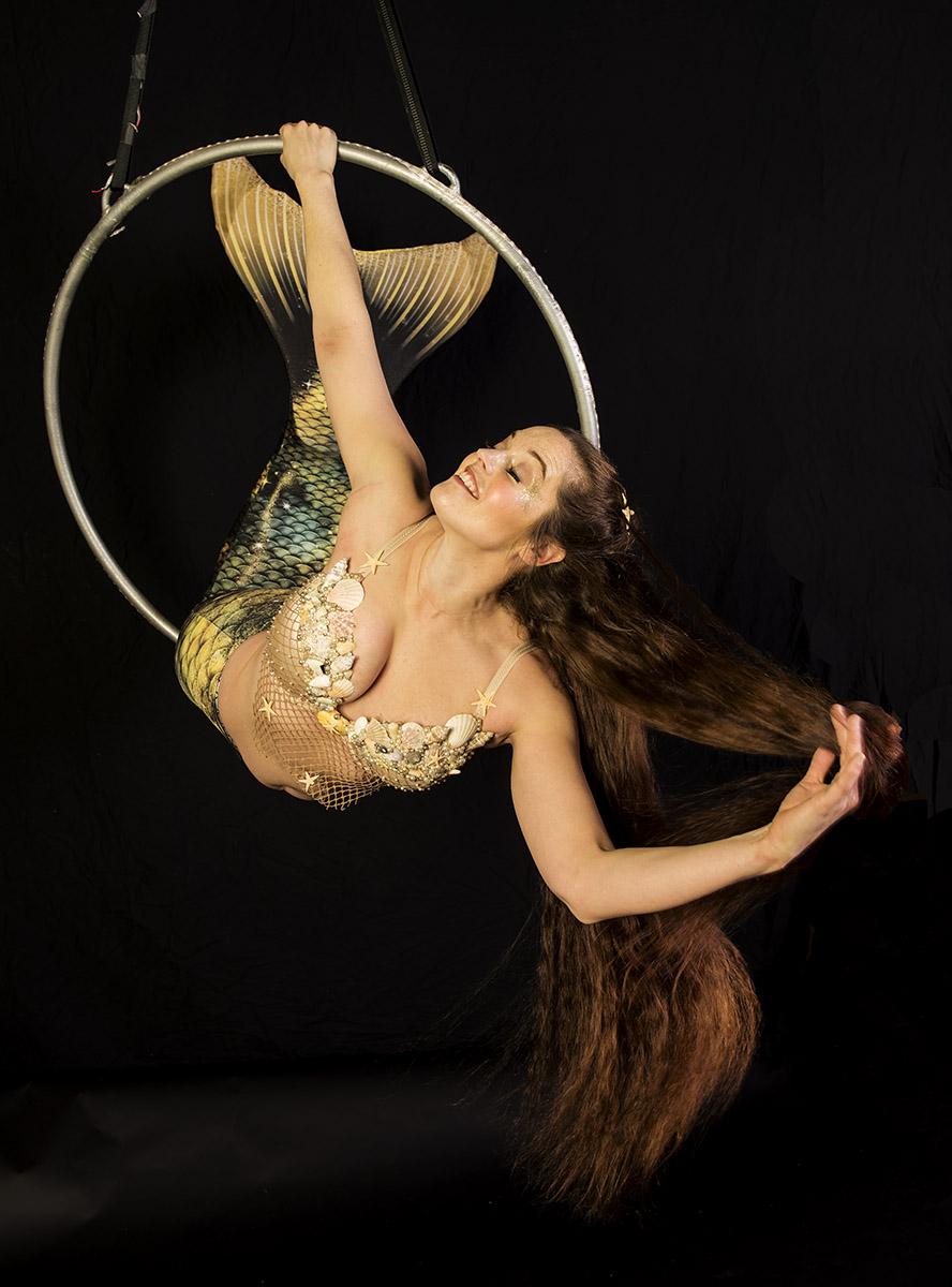 Mermaid in a hoop