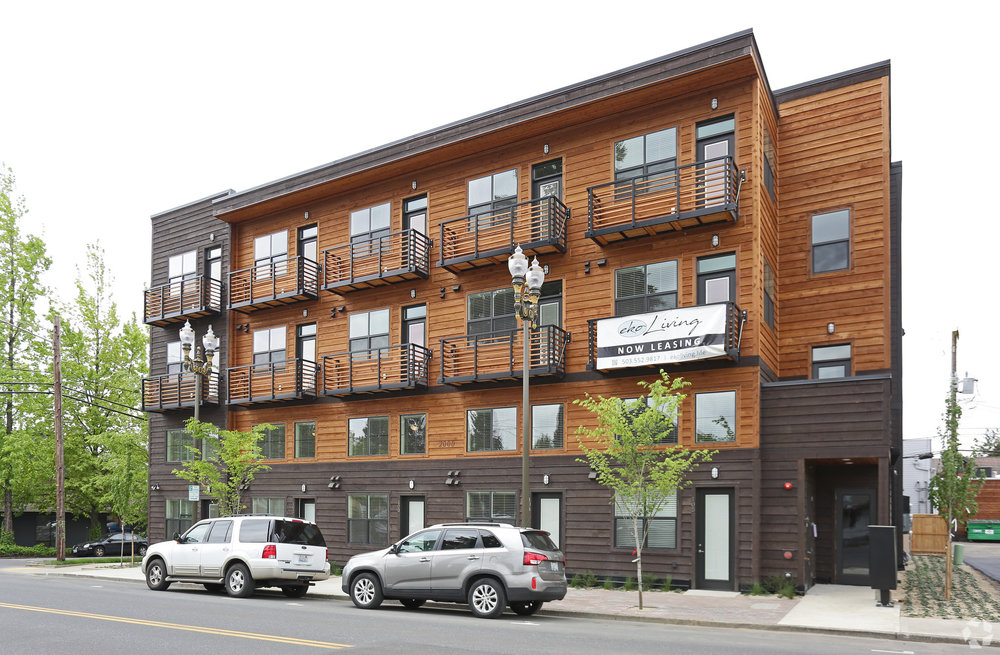 hamilton-vancouver-wa-building-photo.jpg
