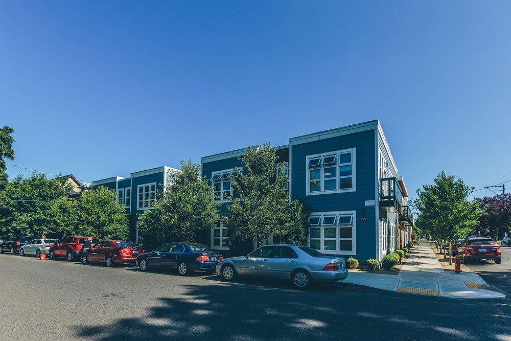 Spruce - 1100 SE Sherman St.Portland, OR 97214Studios, 1, 2 Bedrooms