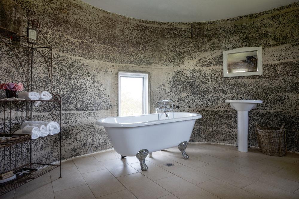 Silo bath.jpg