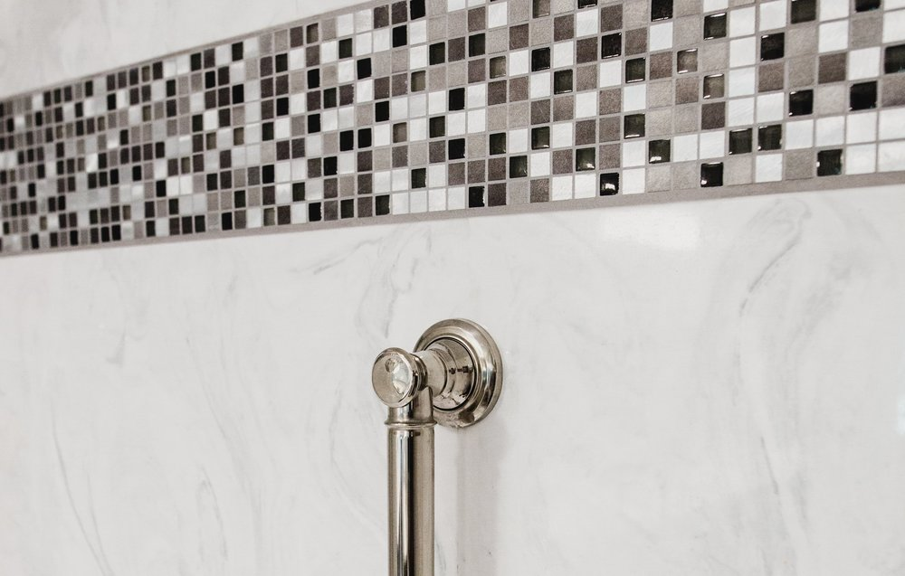 Mix of mosaic tile & marmosa™ shower -