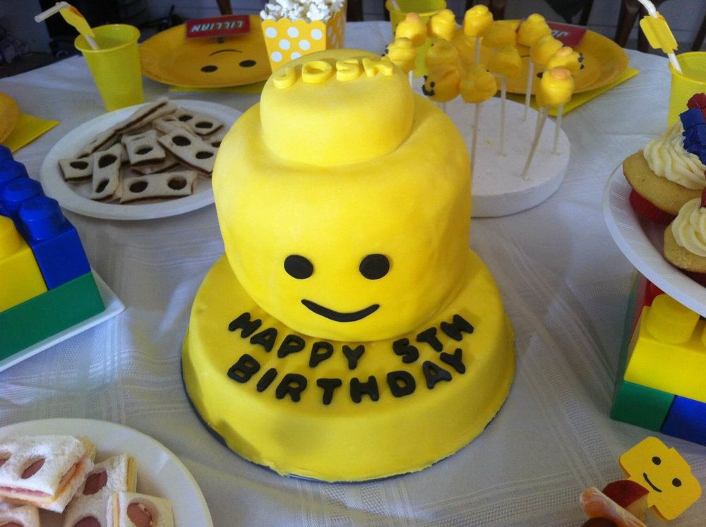 How To Throw A Super Cheap Lego Themed Kids Party Things I Learnt