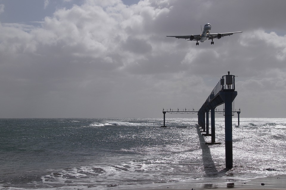 Jet-Sea-Country-Mark-Aircraft-Restless-Landing-609321.jpg