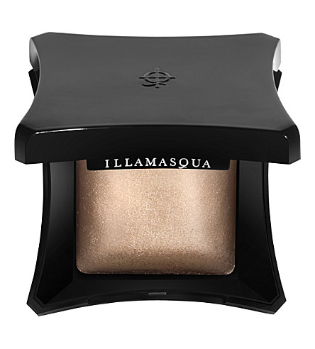 9 Products You Need In Your Makeup Bag This Autumn