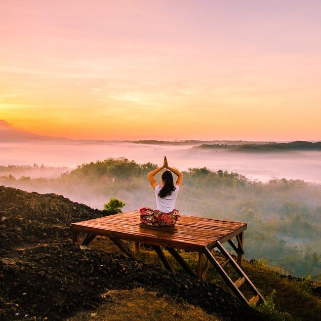 Image 4: Meditasi bisa menjadi salah satu kegiatan untuk Me time