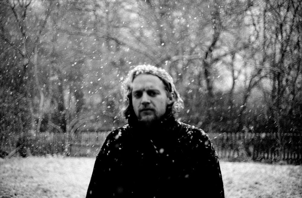 snowing+blackness.jpg