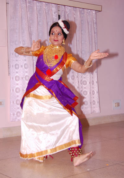 Mandakini in a typical Mohini-Attam Dance Pose