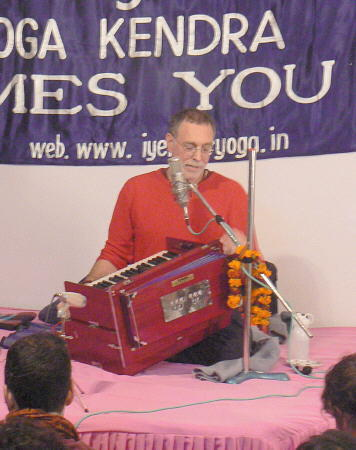 Shri Krishna Das on the Harmonium