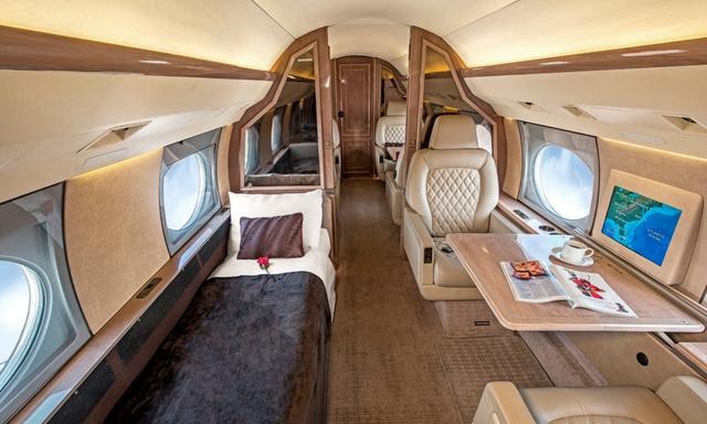 Gulfstream IV int 1.jpg