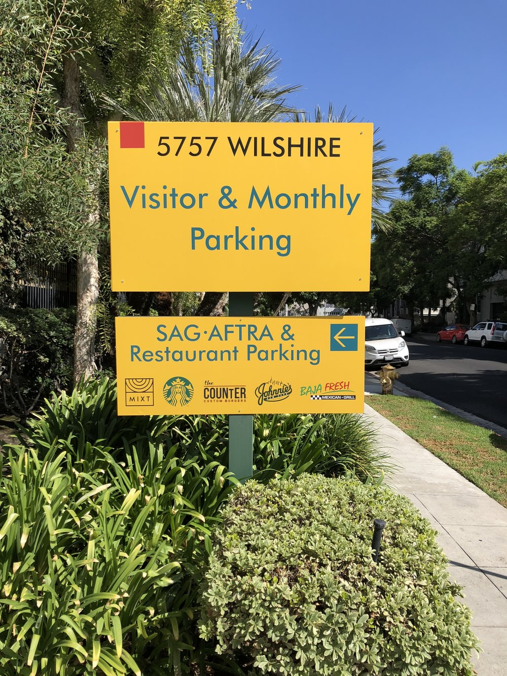 Visitor & Monthly Parking Sign