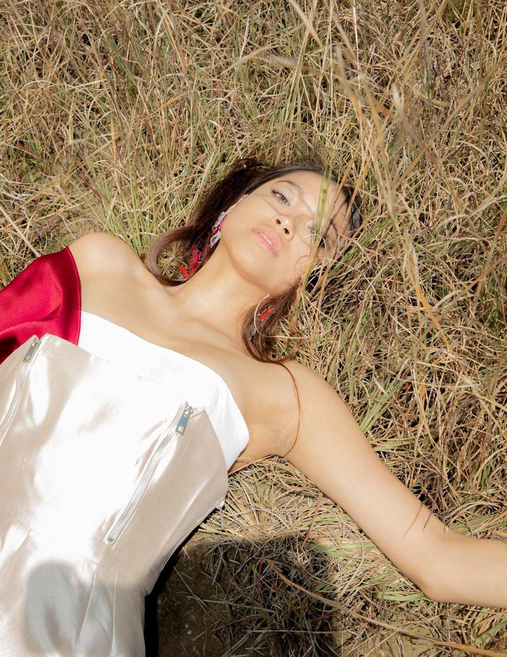 KATHERINE VASQUEZ SENIOR COLLECTION  Model: Gabrielle Malate  Photographer: Augusto Silva