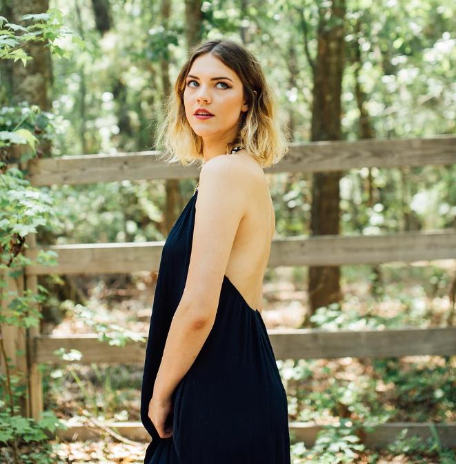 ALLURE  Model: Olivia Ruffin  Photographer: Javier Asturias  Styling: Mariana Alvarez