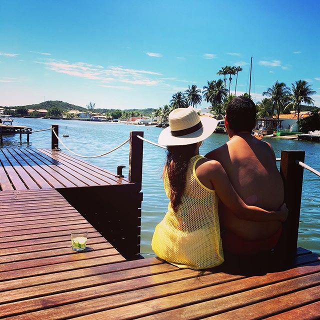 Sejamos como o rio, que flui para a frente sem perder a essência da nascente ⠀⠀ #instamood #love #paromundo