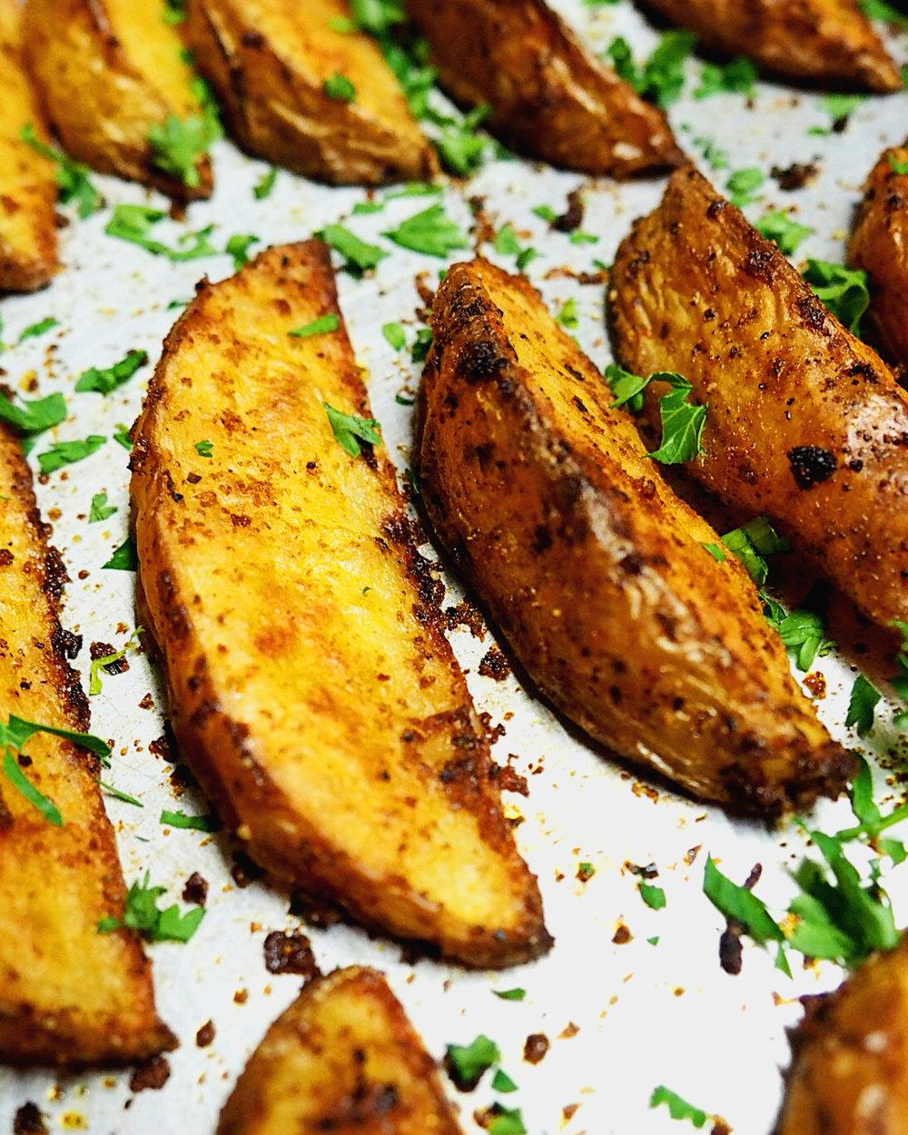 Crispy Oven Baked Potato Wedges O 2.jpg