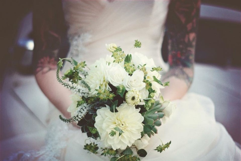 vintage-wedding-flowers-obloy-ranch.jpg