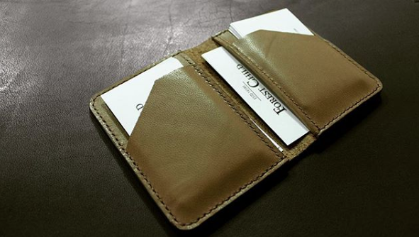 Card holder6.png