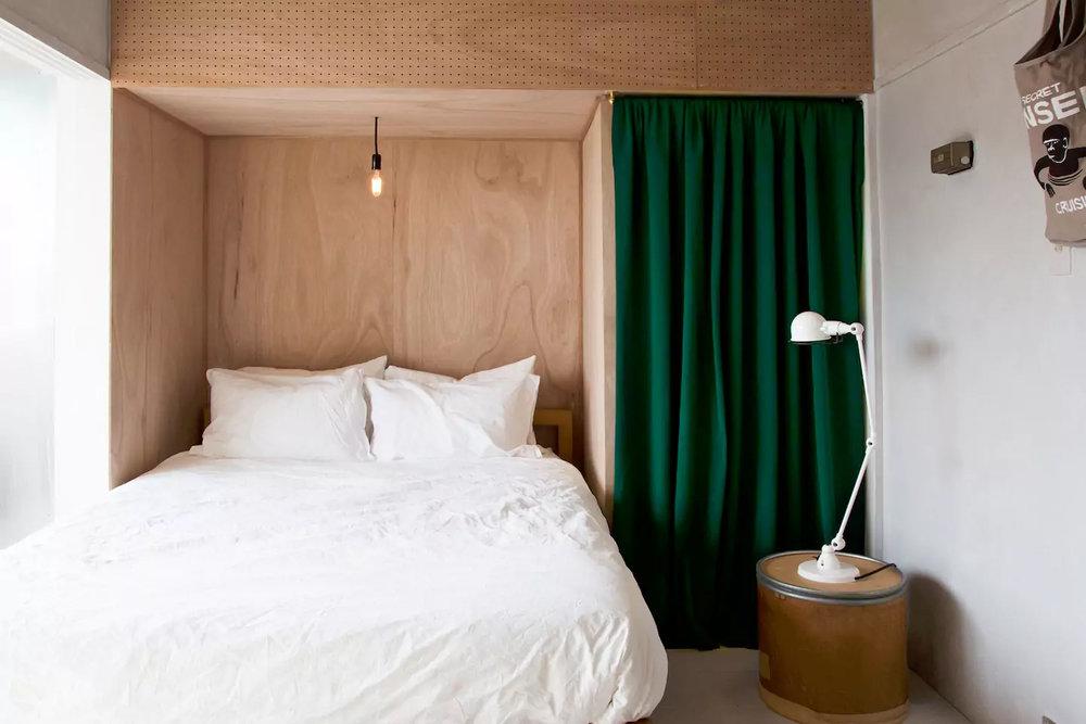 room 402 1.jpg