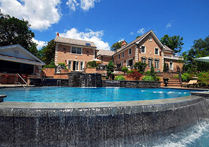 $6.45M | 575 EAST SHORE RD | GREAT NECK