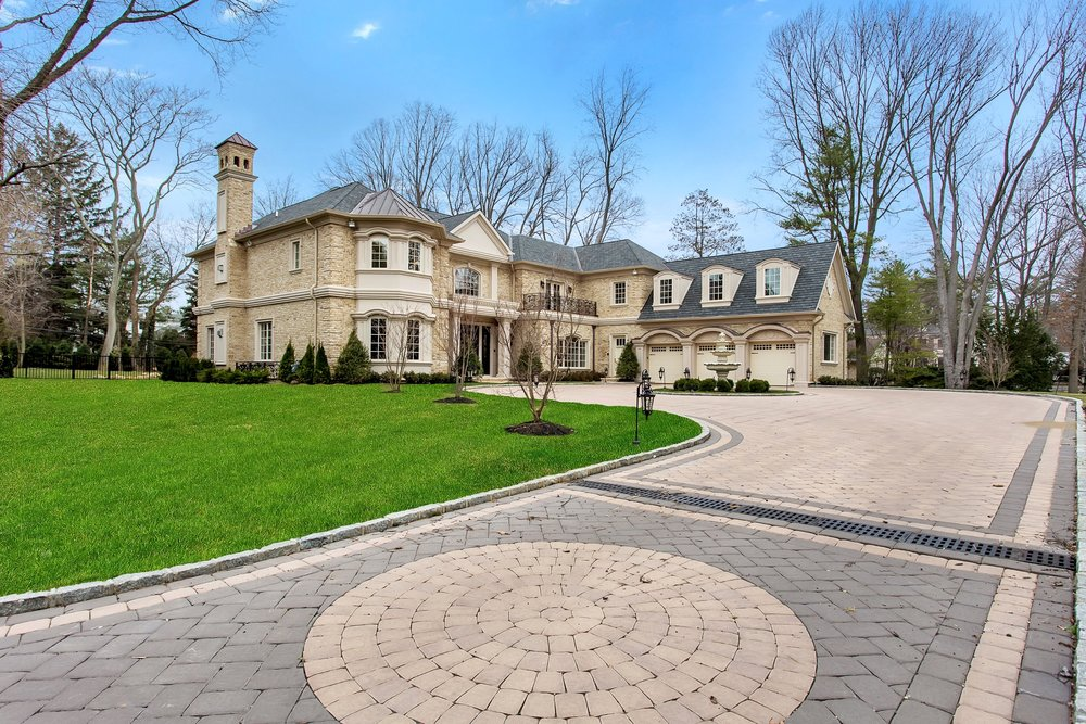 $5M | 449 EAST SHORE RD | Kings Point