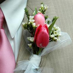 Tulip Boutonniere: $25