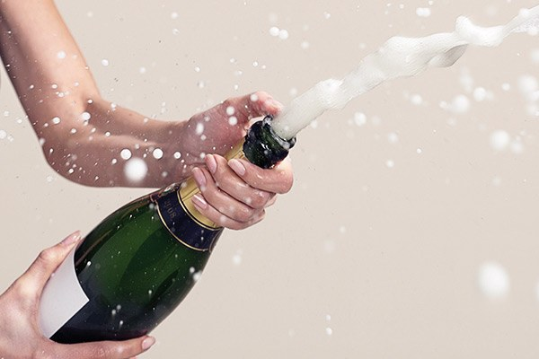popping-champagne-tips.jpg