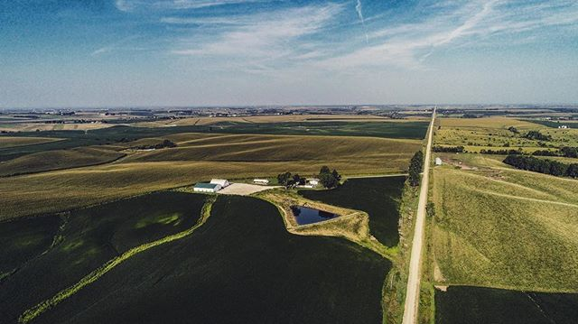 Aerial shot of rural Iowa! #iowaphotographer #aerialphotography #iowa #ruraliowa #farmstagram #countryliving #drones #dji #landscape #photography #sunrise #iowacityphotographer