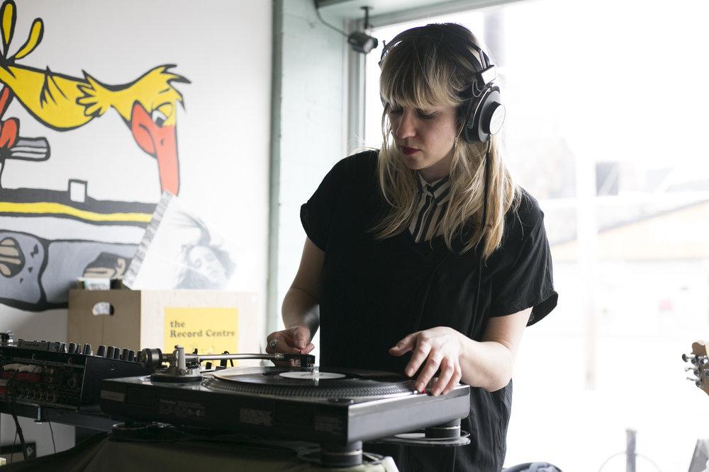Jas Nasty qui joue au Record Centre. Photo :  Ming Wu