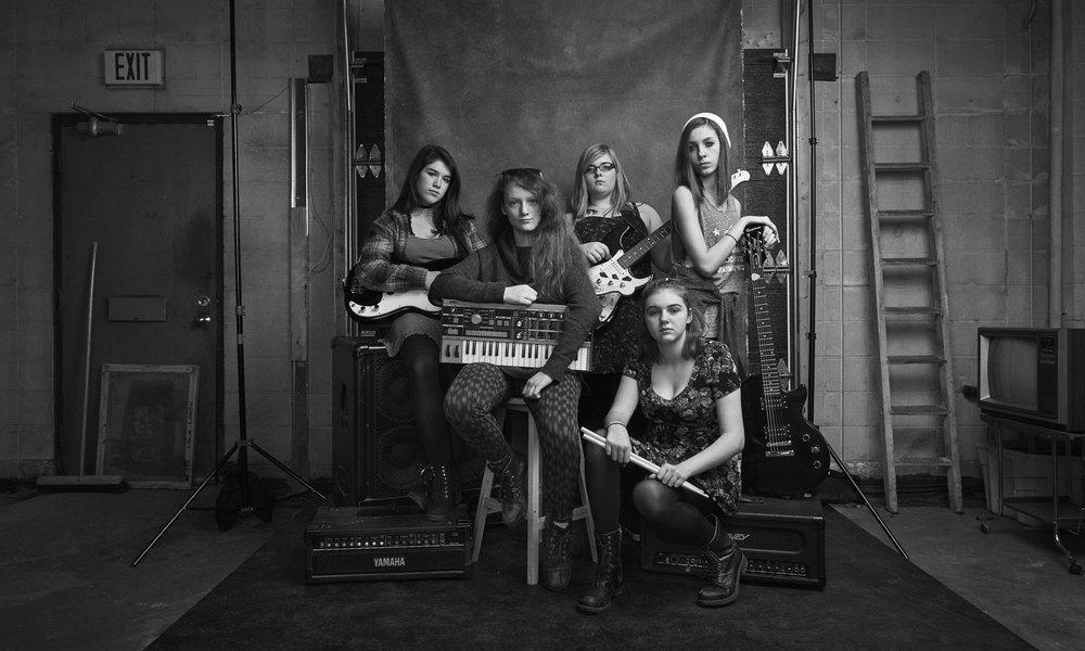 Un des groupes ayant participé au camp de musique de Girls+ Rock Ottawa. Photo : Jessica Deeks