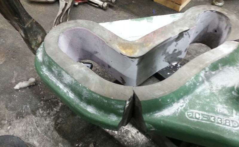 CAST IRON BEARING PEDESTAL