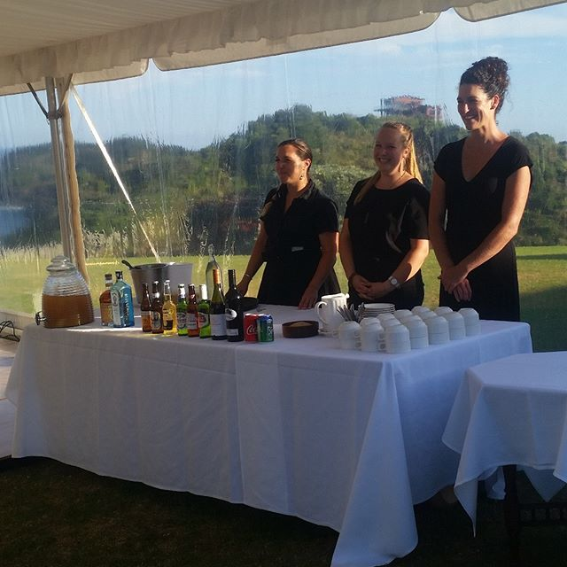 Friendly, efficient service starts with the right players. Who do you want looking after you on your big day? These guys. Another beautiful wedding at #pacificrendezvous #tutukaka
