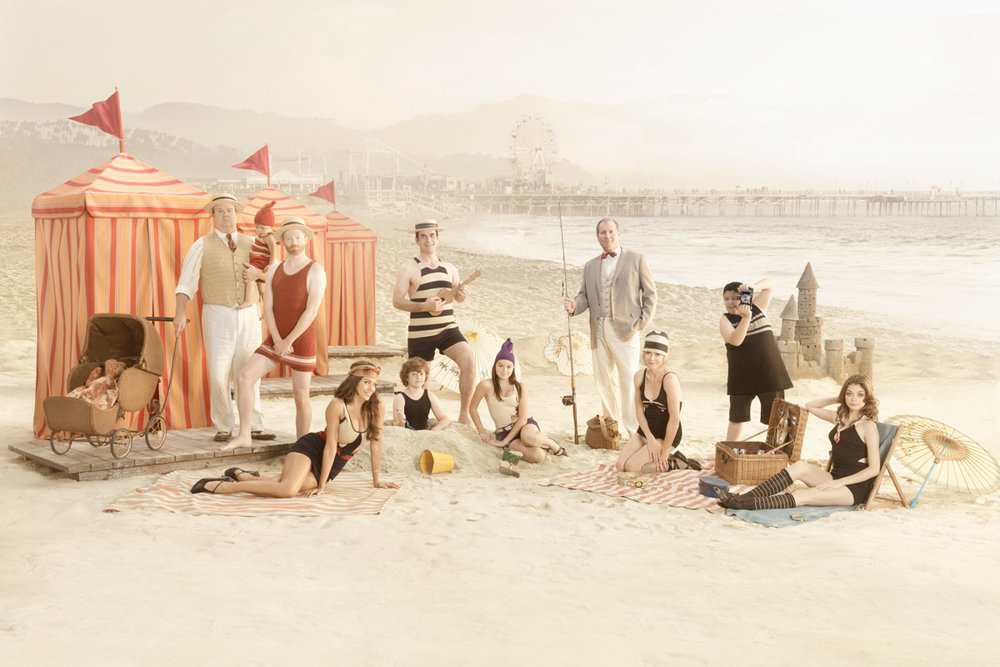 TV_ABC_ModernFamily_Beach.jpg