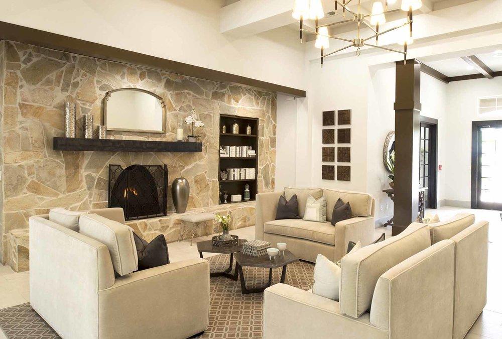 Living Room-6395r.jpg