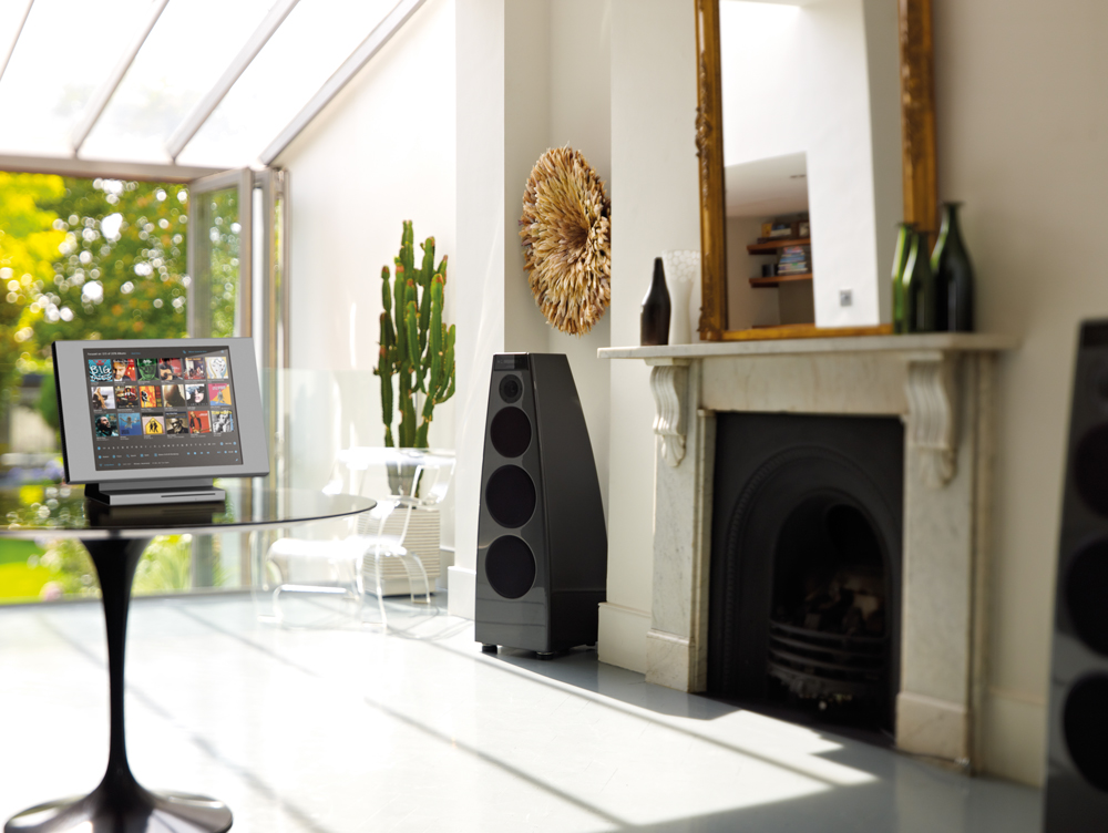 C15-DSP5200black-fireplace-newControl.jpg