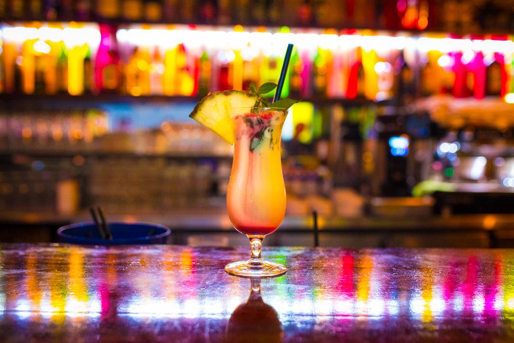 Happy Hour - Jede Woche Dienstag bis Donnerstag haben wir einen Happy Hour auf alle Cocktails.Alle Cocktails kosten 5,90€.