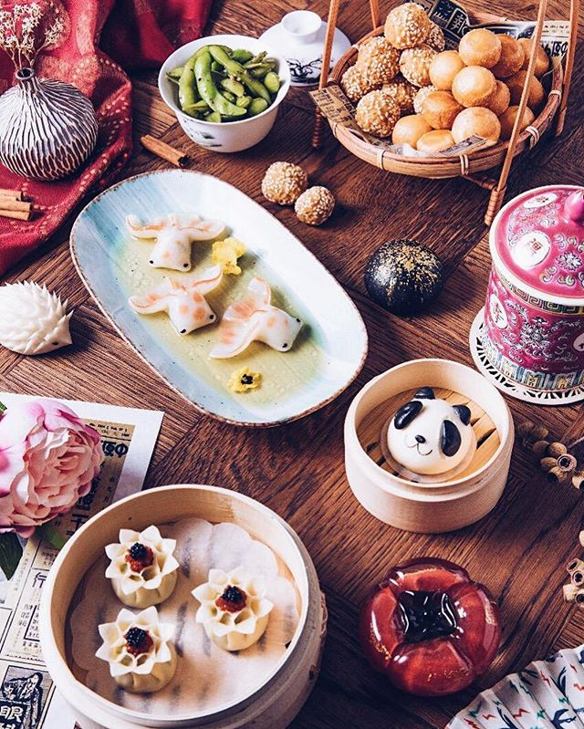 When the food is too cute, and you don't know where to start with.🥢🤔 ————————————— #HanShiFuDXB #HanShiFu #food #AsianFood #AsianFusion #Dubai #DubaiLife #DubaiStyle #MyDubai #DubaiRestaurant #DubaiFood #DubaiFoodie
