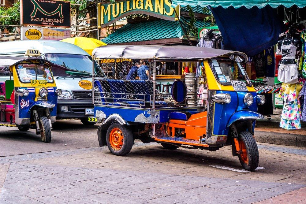 tuktuk-1643802_1920.jpg