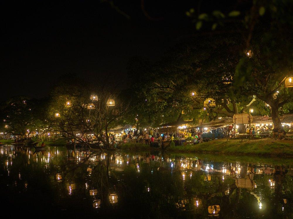 Ayutthaya weekend night market. Krungsri weekend night market