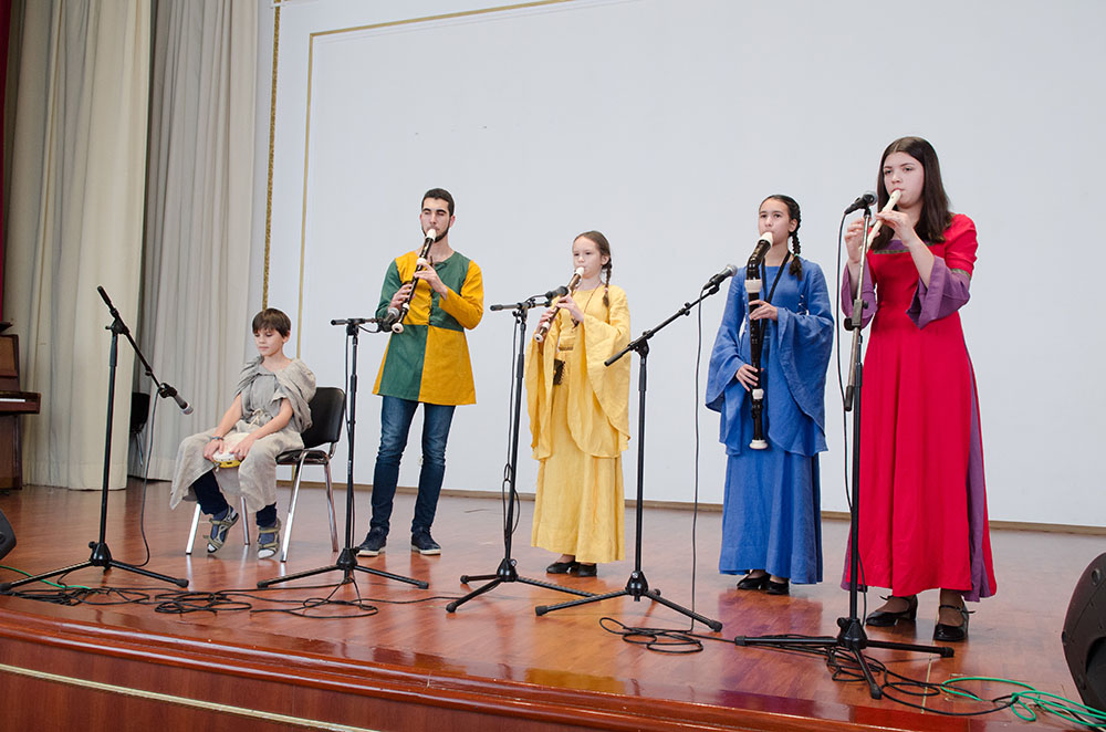 "A quartet of woodwinds plus a tambourine was among the winning entries with ""La Magdalena."""