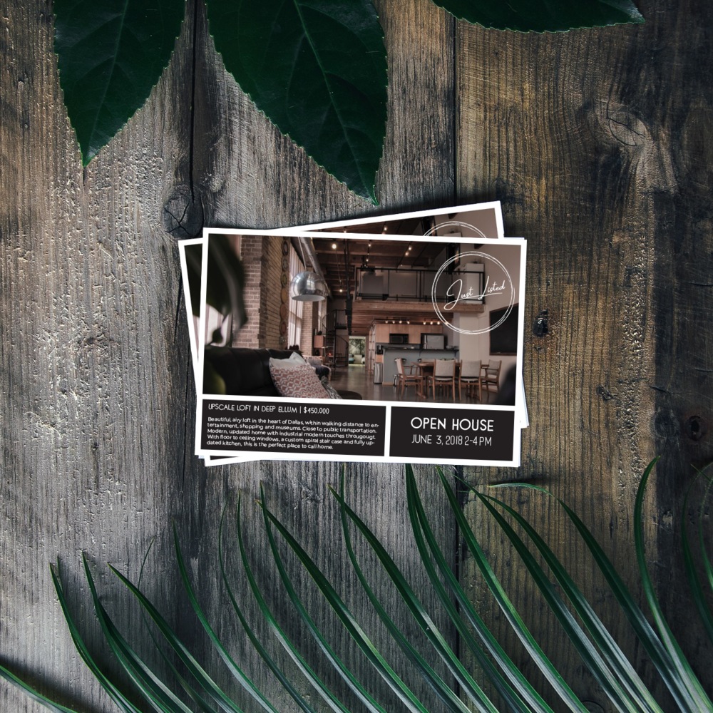 Postcard_Flatlay.png