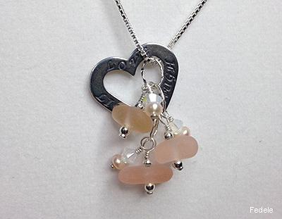 Fedele_neck-1-pink-heart.jpg