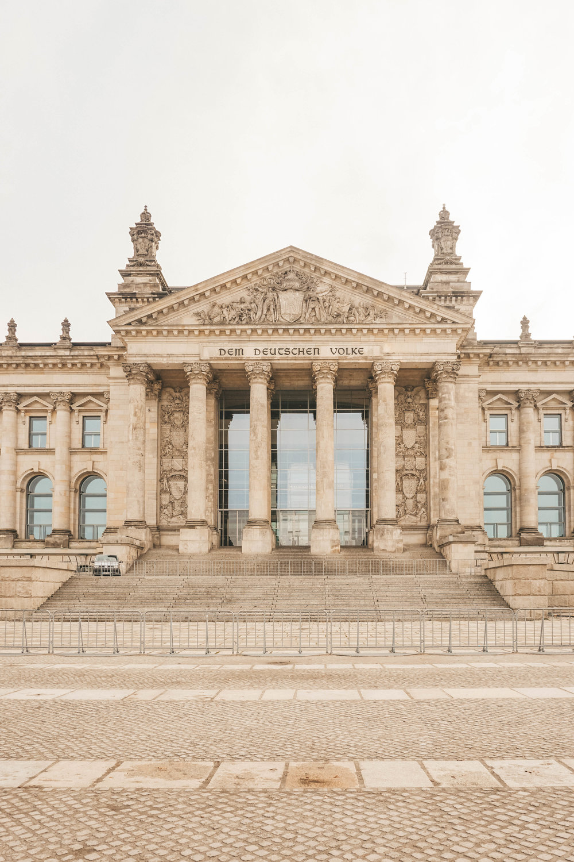 Karen Roldan - Reichstag Building