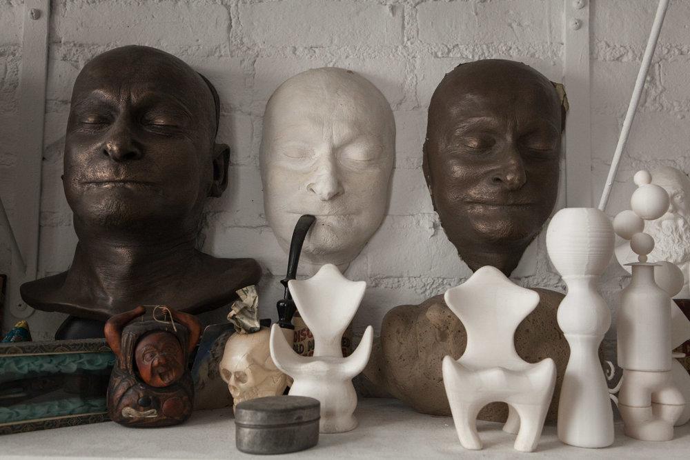 Eric Krupnik's death mask by Michael Ferrari-Fontana. [Emon Hassan/Guitarkadia]