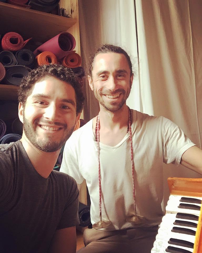 seth-lieberman-harmonium-voice-chanting-yoga-new-vibe-nyc-hudson-valley