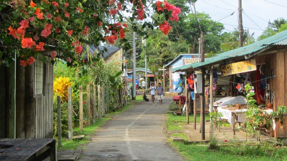 Tortuguero-Village-4.jpg
