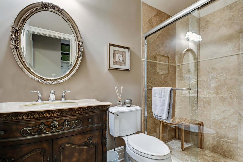 54 Old Somerset Rd Watchung NJ-large-026-49-Guest Room2 Ensuite-1500x1000-72dpi.jpg