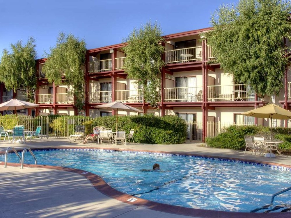 BEST WESTERN PLUS HUMBOLDT HOUSE INN - Located in Garberville: the heart of the Redwood Coast, right by the entrance to the Avenue of the Giants. Find out more about Best Western plus Humboldt House Inn here.