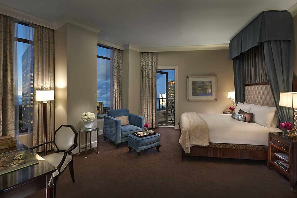 atlanta-14-suite-mandarin-bedroom.jpg
