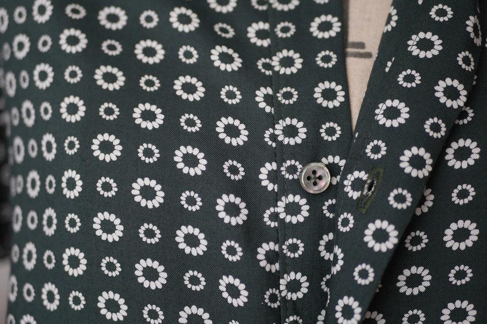 Kalle Shirt Buttons 2.jpg