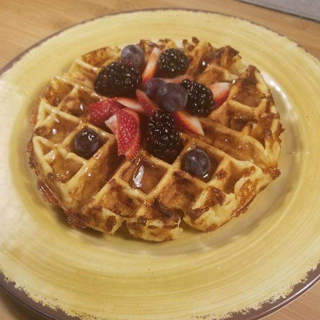 We could definitely go for these kanafe Belgian waffles made with orange blossom and rose water right about now, but we'll have to wait until brunch tomorrow. See you there from 10-2 . . . . . #jamaicaplain #jplocal  #brunch #bosfeed #eaterboston #cafebeirutjp