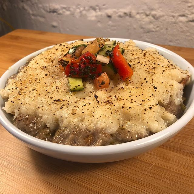 It's not too late to stop by our vegan happy hour and try our seitan cottage pie. We'll now be running it every Tuesday night from 5-7:30pm! . . . . . #jamaicaplain #jplocal #vegan #vegansofjp #bosfeed #eaterboston #cafebeirutjp